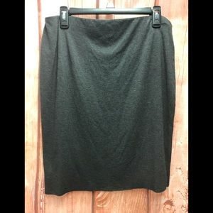 Vince Camuto lined gray unhemmed large skirt